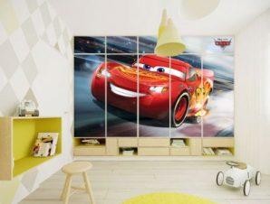 McQueen is running! Παιδικά Αυτοκόλλητα ντουλάπας 100 x 100 εκ.
