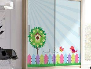 Πουλάκι πάνω σε φράχτη Παιδικά Αυτοκόλλητα ντουλάπας 100 x 100 εκ.