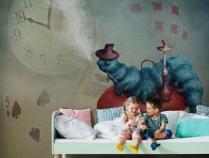 Κάμπια σε μανιτάρι Παιδικά Ταπετσαρίες Τοίχου 100 x 100 εκ.