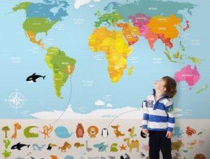 Πολύχρωμος χάρτης με ζωάκια Παιδικά Ταπετσαρίες Τοίχου 100 x 100 εκ.