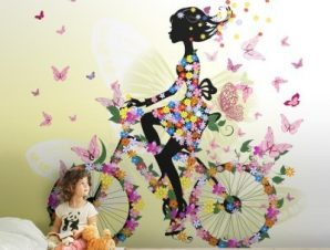 Κορίτσι από λουλούδια σε ποδήλατο Παιδικά Ταπετσαρίες Τοίχου 100 x 100 cm